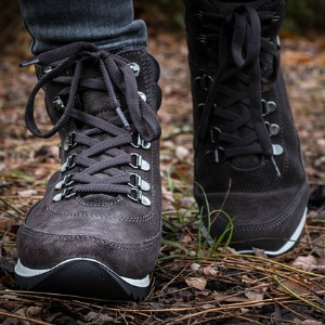 Backpacking vs hiking shoes
